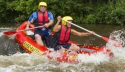 Ultra Rafting, NRW, Wildwasser, Neuss, kleine Rafts selber steuern